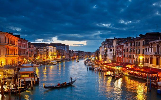 Italy Venice Gondolas River Desktop Background