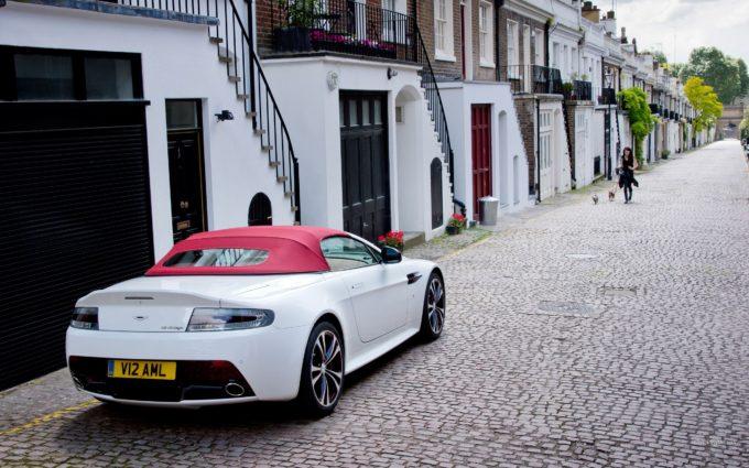 Aston Martin Desktop Background 10