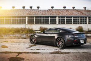 Aston Martin Desktop Background 17
