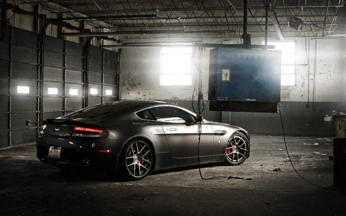 Aston Martin Desktop Background 7