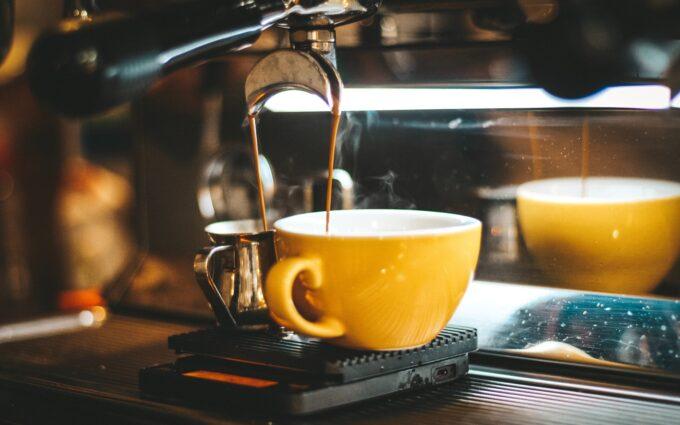 Espresso Machine Dispensing on Two Mugs Desktop Wallpapers