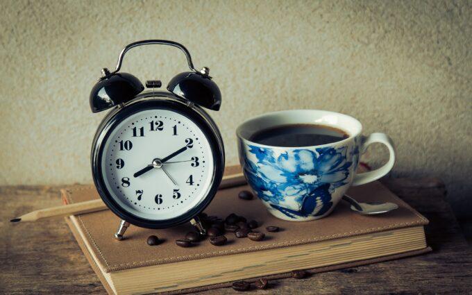 Round Black Analog Table Alarm Clock Desktop Wallpapers